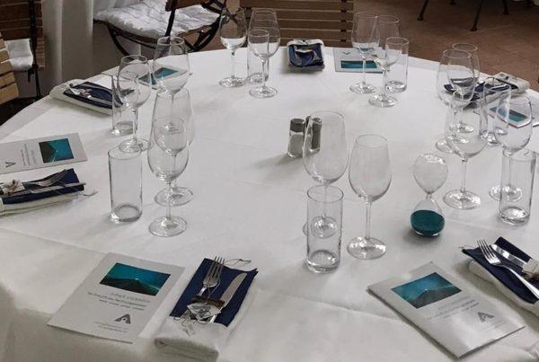 Andersen Award Tisch